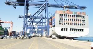 توقيع اتفاقيتين جديدتين لإنتاج الطحين ومشروع تأجير لخدمات التخزين بميناء صحار والمنطقة الحرة