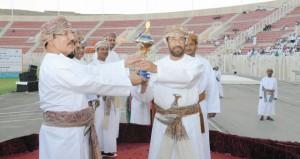 """الشبيبي يرعى حفل توزيع كؤوس جلالة السلطان للولايات الفائزة في مسابقة شهر البلديات وموارد المياه الـ """"27″"""