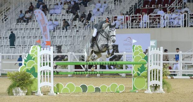 منافسة وإثارة شهدتها الجائزة الكبرى لقفز الحواجز بميدان بالرحبة