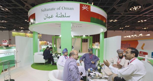 """إقبال كبير على جناح السلطنة في معرض جلفود 2015 بـ""""دبي"""""""