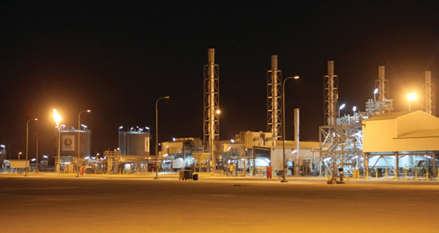 2014 يسجل 0.3% زيادة في إنتاج السلطنة من النفط .. وانخفاضا بـ3.6% بالغاز