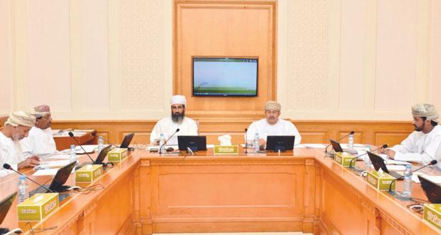 لجنة الأمن الغذائي والمائي بالشورى تستعرض مستجدات دراستها حول تحقيق الأمن الغذائي والمائي بالسلطنة
