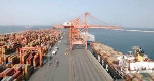 أكثر من 18.6 مليار ريال صادرات من السلطنة العام المنصرم والواردات تزيد على الـ10 مليارات