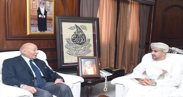 عيسى العزري يستقبل رئيس المجلس القومي لحقوق الإنسان المصري