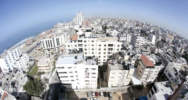 """الفلسطينيون يتصدون لمحاولات تدنيس """"الأقصى"""" ومستوطن يدهس طفلا بالخليل"""