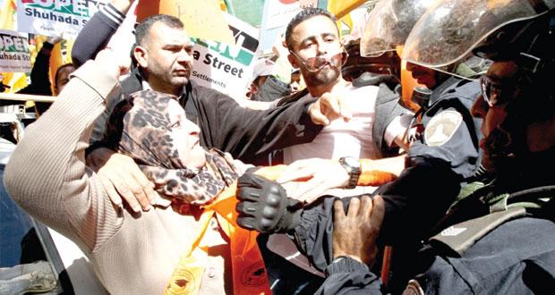 الاحتلال يقمع المسيرات السلمية الأسبوعية ويصعد هجماته ضد الأسرى
