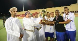 النصر يتوج بلقب كأس الزواوي للهوكي والسلام وصيفا