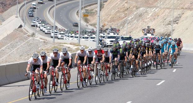 اليوم … انطلاق المرحلة الخامسة لطواف عمان للدراجات 2015 الدراج الإسباني رافال يتوج بلقب المرحلة الرابعة ويحقق القميص الأحمر