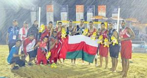 اليوم اتحاد اليد يحتفل بتكريم نجوم منتخب كرة اليد الشاطئية وصيف دورة بوكيت