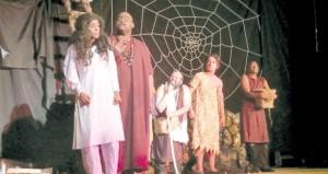 """""""الزاد"""" لنادي الرستاق تفوز بجائزة أفضل عرض مسرحي متكامل على مستوى أندية جنوب الباطنة"""