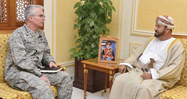 بدر بن سعود والنبهاني يستقبلان قائد قيادة النقل الأميركية