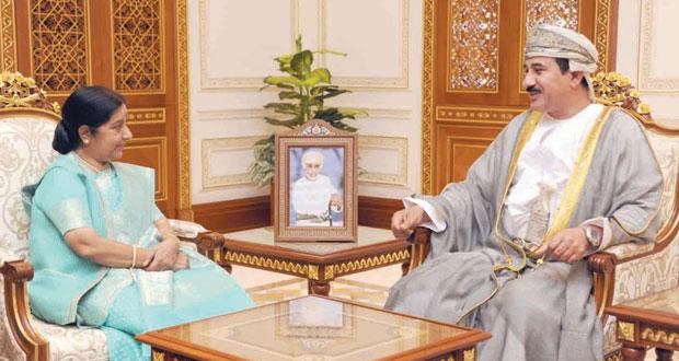 النعماني ويوسف بن علوي يستقبلان وزيرة الشؤون الخارجية الهندية وشؤون المغتربين
