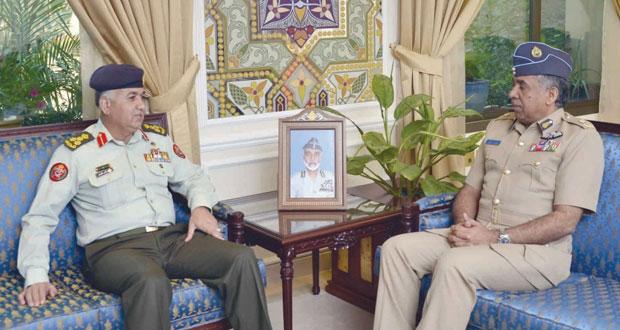 العبيداني والرئيسي يستقبلان وفد هيئة التوجيه بكلية القيادة والأركان الأردنية