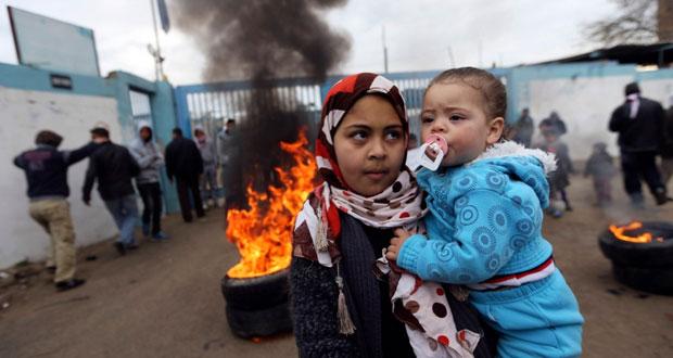 """الاحتلال يعتدي بشدة على أسرى """"عوفر """" و يحول 34 أسيراً لـ """"الإداري """""""