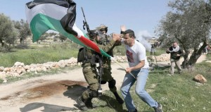 قوات الاحتلال الإسرائيلي تواصل ممارساتها الهمجية بحق الشعب الفلسطيني
