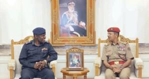 النبهاني يستقبل وفد كلية القيادة والأركان بدولة قطر