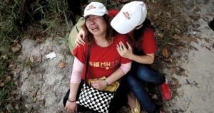 ماليزيا: مسؤولو الخطوط الجوية يلتقون بأقارب ركاب الطائرة المفقودة
