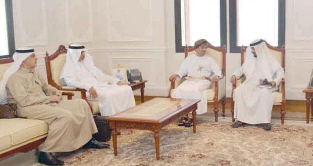 عبدالله الحراصي يستقبل وفدا إعلاميا كويتيا