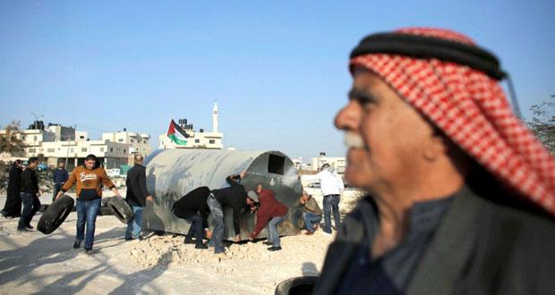 """الاحتلال يعتقل 15 فلسطينيا من الخليل ويقتحم """" بوابة القدس """""""