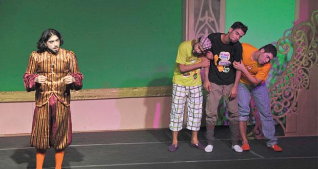 جماعة المسرح بجامعة السلطان قابوس تستعد لمسابقة العروض المسرحية القصيرة