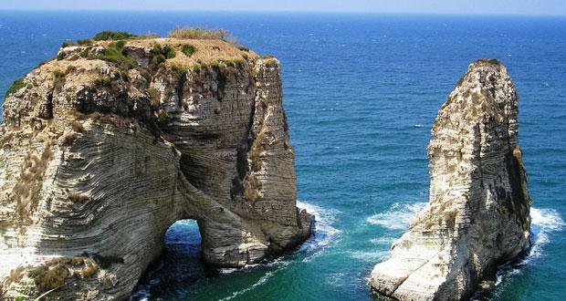 صخرة الروشة .. واجهة لبنان البحرية