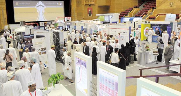1400 فرصة في معرض فرص العمل والتدريب بجامعة السلطان قابوس