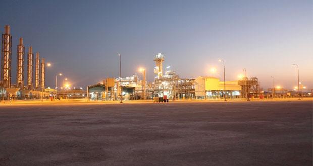 """العوفي لـ"""" الوطن الاقتصادي"""" لا يوجد تسريح تعسفي للعمالة الوطنية في الشركات العاملة بقطاع النفط والغاز"""