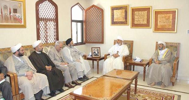 السالمي والخليلي يلتقيان رئيس جامعة الأديان والمذاهب الإيراني