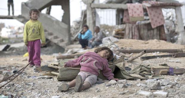 الاحتلال يمعن في استهداف المدنيين على الشريط الحدودي وبحر غزة