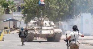 السعودية توسع نطاق ضرباتها ضد الحوثيين في اليمن وتستبعد تدخلا بريا وشيكا