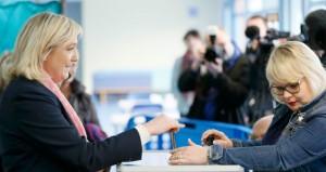 فرنسا تترقب نتائج الانتخابات الإقليمية واليمين المتطرف يتقدم واليسار مهدد بالهزيمة