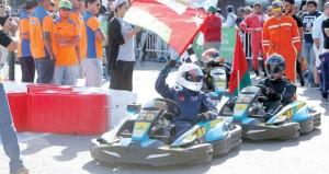 65 متسابقا يلهبون سباق تحدي 24 ساعة للكارتينج بالجمعية العمانية للسيارات
