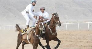 مهرجان رياضات الخيل التقليدية السابع يعزز تمسك العماني بعاداته وقيمه بولاية أدم