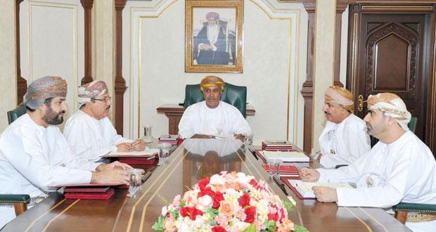 مجلس المناقصات يسند عددا من المشاريع التنموية بقيمة تجاوزت الـ 4 ملايين ريال عماني