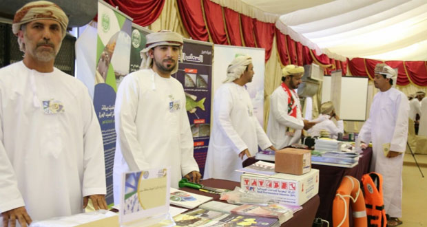 """""""الزراعة"""" تعرف بخدماتها في ملتقى فرص الأعمال والتوطين الأول بمحافظة مسندم"""