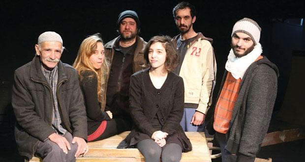 """مسرح الميدان في حيفا يستعد للعرض المسرحي الجديد """"1945″ لمنير بكري"""