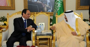مصر: السيسي يشيد بمواقف خادم الحرمين التاريخية خلال زيارته للسعودية