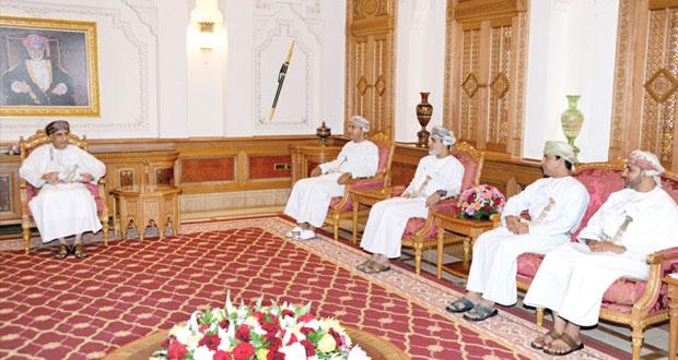 فهد بن محمود يؤكد على سعي الحكومة لتفعيل دور كل من غرفة تجارة وصناعة عمان والاتحاد العام لعمال السلطنة والاتفاق على خطوات عملية للتنفيذ