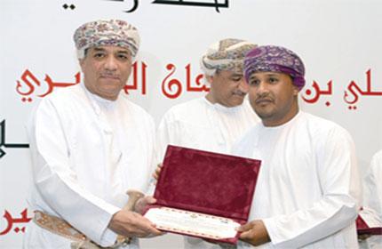 تكريم الإعلامين والفائزين في مسابقة الأفلام القصيرة بمهرجان مسقط 2015