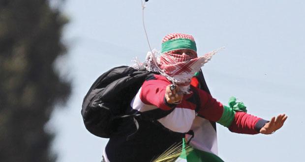 الاحتلال يقمع المسيرات  السلمية بالغاز والرصاص