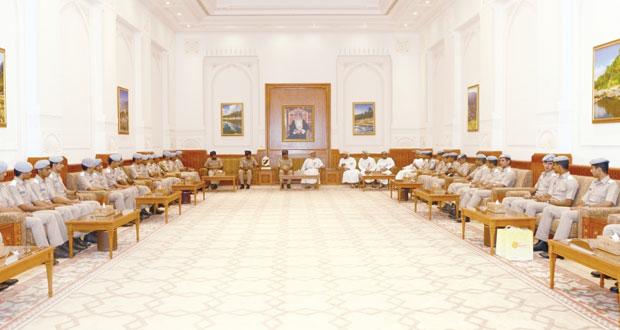 رئيس مجلس الدولة يستقبل وفدا من أكاديمية السلطان قابوس الجوية