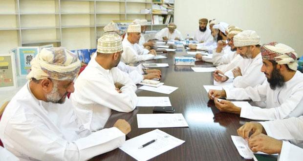 اللجنة الثقافية العلمية بنادي نزوى تنظم معرضا موسعا للوثائق
