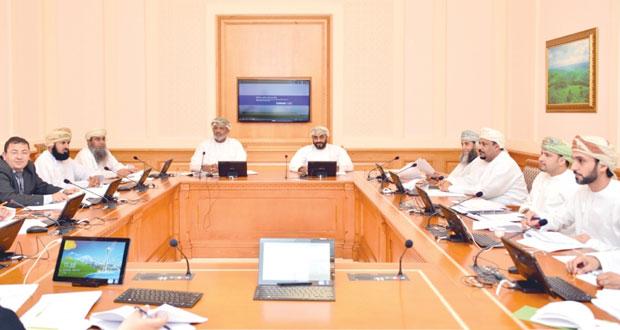 """""""قانونية الشورى"""" تناقش مقترح مشروع قانون دعم وتنمية المؤسسات الصغيرة والمتوسطة"""