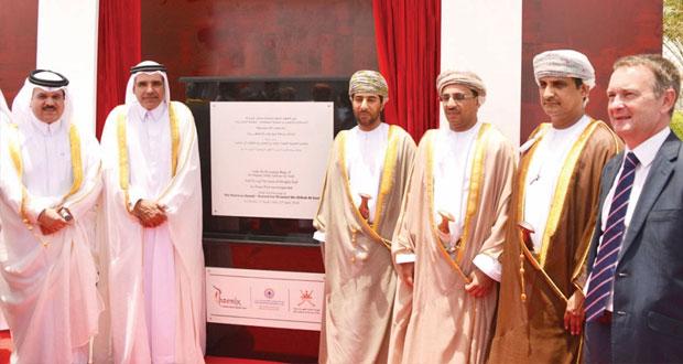 حمد بن ثويني يفتتح محطة صور لإنتاج الكهرباء بولاية صور بمحافظة جنوب الشرقية بتكلفة بلغت 635 مليون ريال عماني