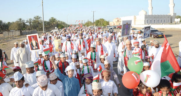 أهالي النبره وحلة الجود بالسويق يخرجون بمسيرة وطنية بمناسبة المقدم الميمون