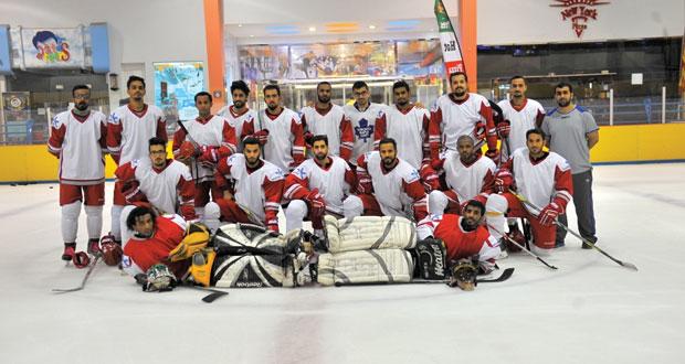 غدا.. منتخبنا الوطني لهوكي الجليد يطير للكويت للمشاركة في البطولة الآسيوية