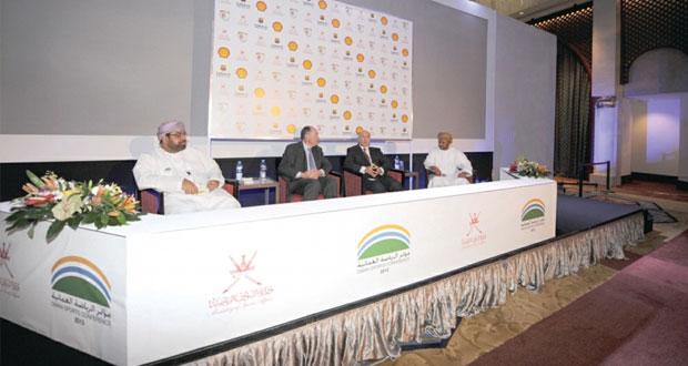 سعود البوسعيدى يفتتح فعاليات مؤتمر عمان الرياضى 2015