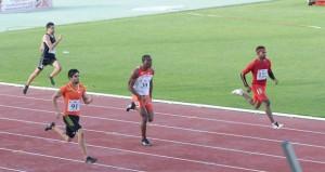 في البطولة العربية لألعاب القوى بالمنامة..منتخبنا الوطني للفتيات يتوجن بفضية سباق التتابع في 4×100 متر