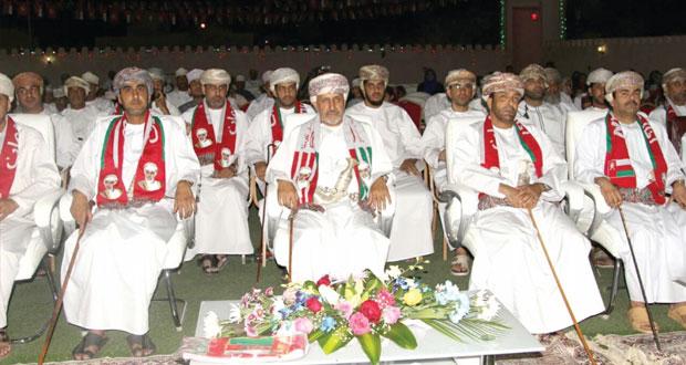 امين عام شؤون البلاط السلطاني يرعى ختام احتفالات نخل بالمقدم السامي