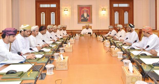مكتب مجلس الشورى يستعرض عددا من ردود الوزراء ورسائل الأعضاء